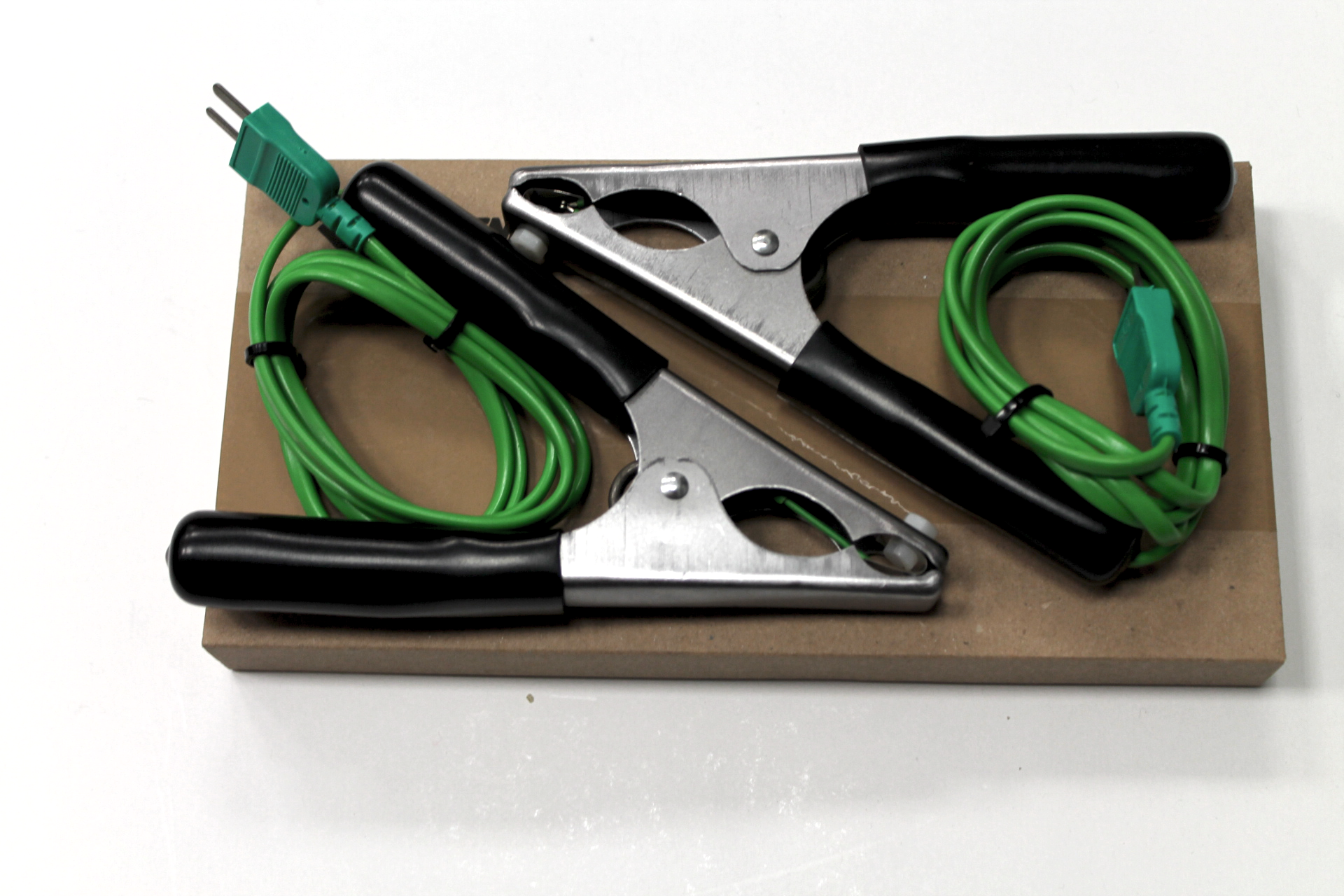 Hvac thermometer kit two clamp probes liquid probe